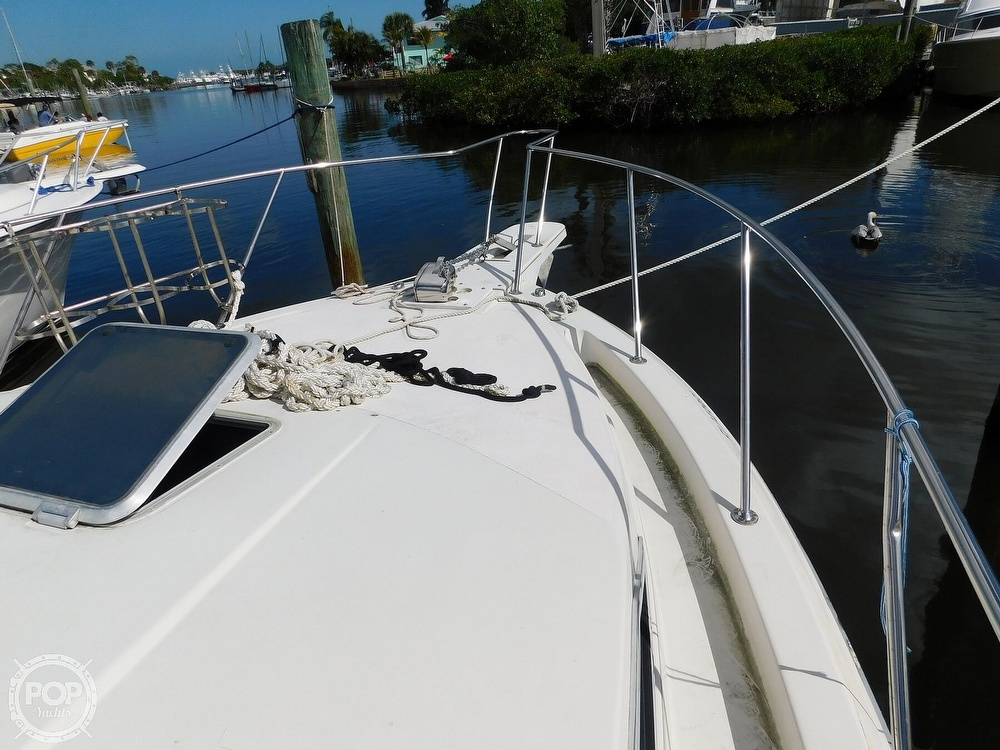 1989 Wellcraft boat for sale, model of the boat is 330 Coastal & Image # 6 of 40