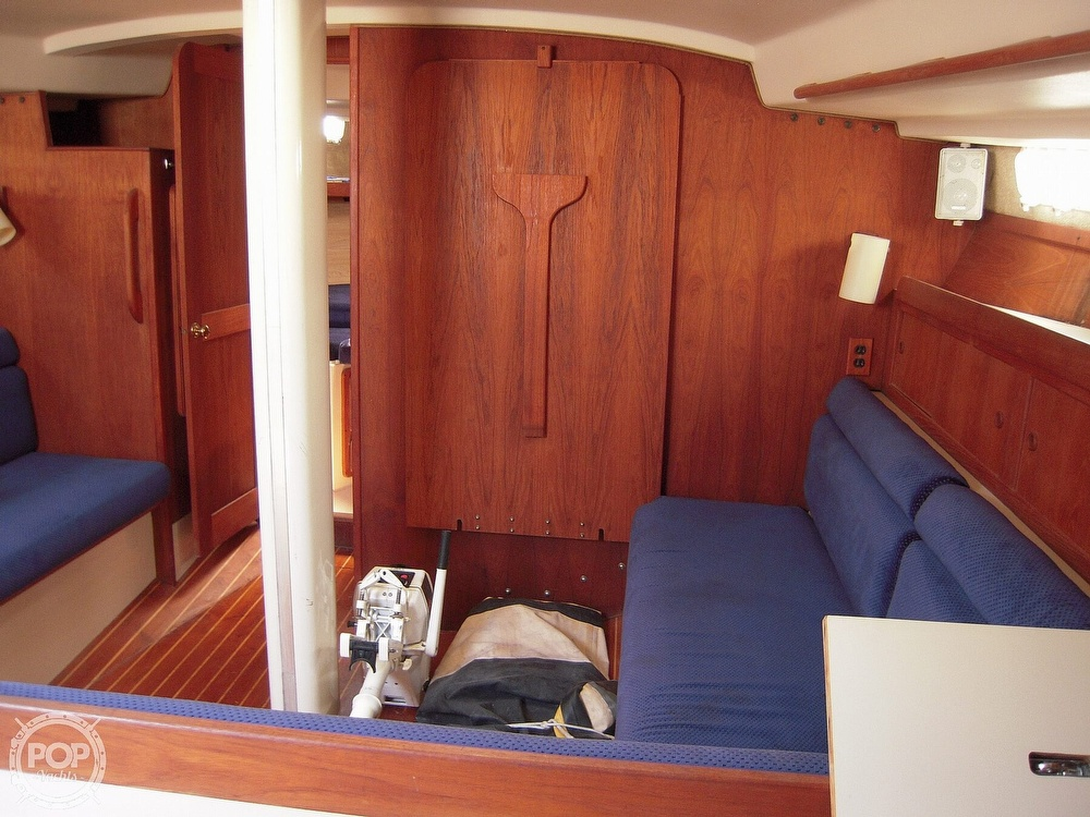 1987 Morgan boat for sale, model of the boat is 41 CATALINA CLASSIC Mark II & Image # 17 of 38
