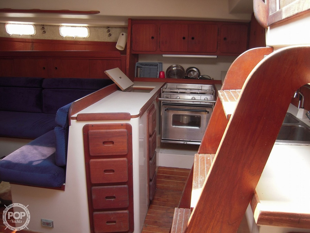 1987 Morgan boat for sale, model of the boat is 41 CATALINA CLASSIC Mark II & Image # 31 of 38