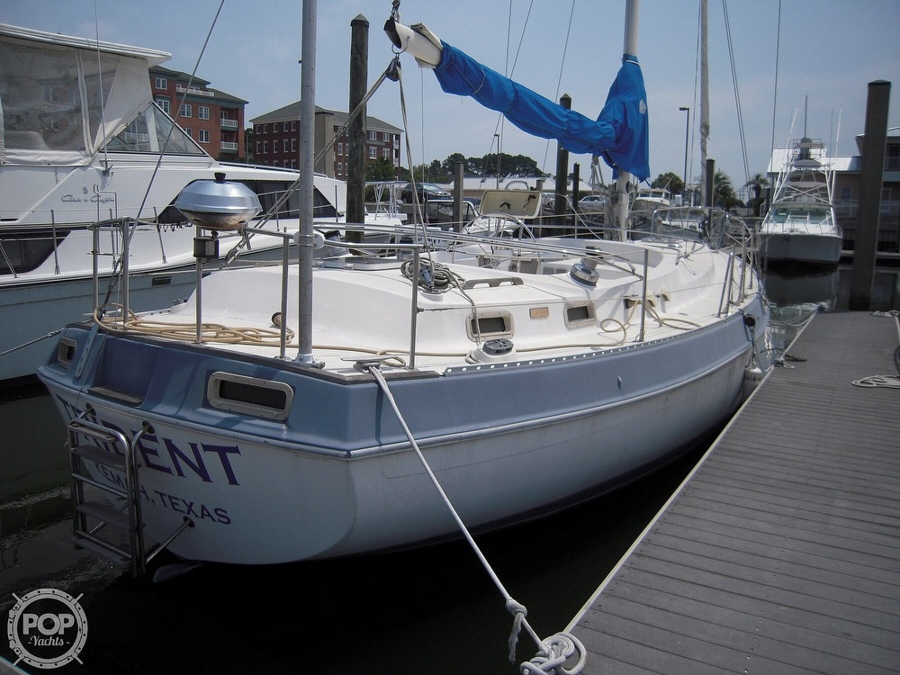 1987 Morgan boat for sale, model of the boat is 41 CATALINA CLASSIC Mark II & Image # 3 of 38