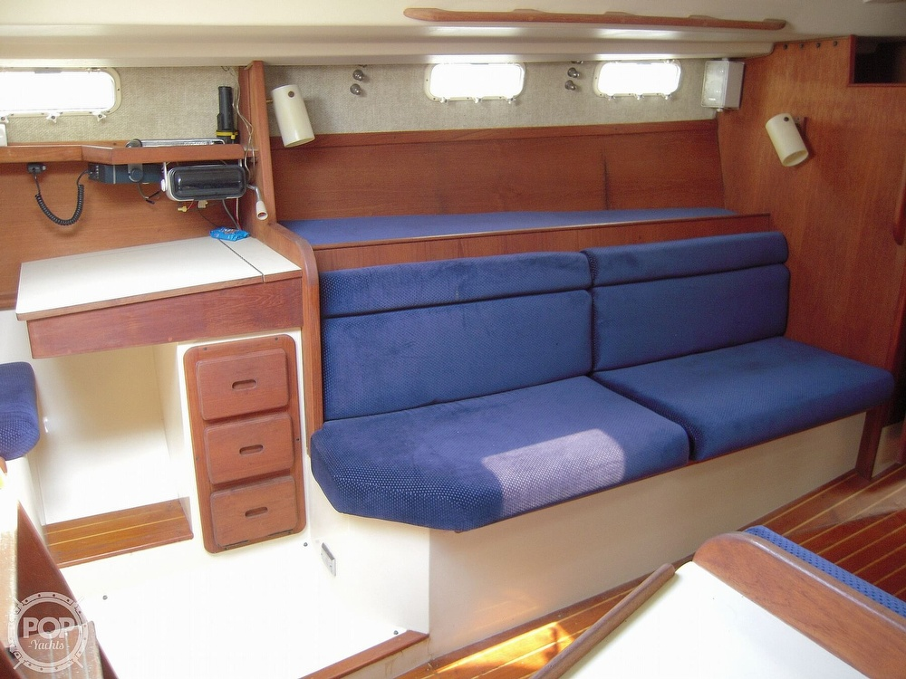1987 Morgan boat for sale, model of the boat is 41 CATALINA CLASSIC Mark II & Image # 25 of 38