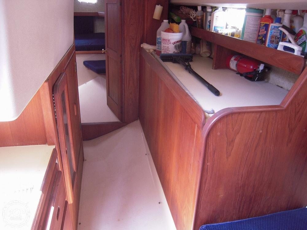 1987 Morgan boat for sale, model of the boat is 41 CATALINA CLASSIC Mark II & Image # 22 of 38