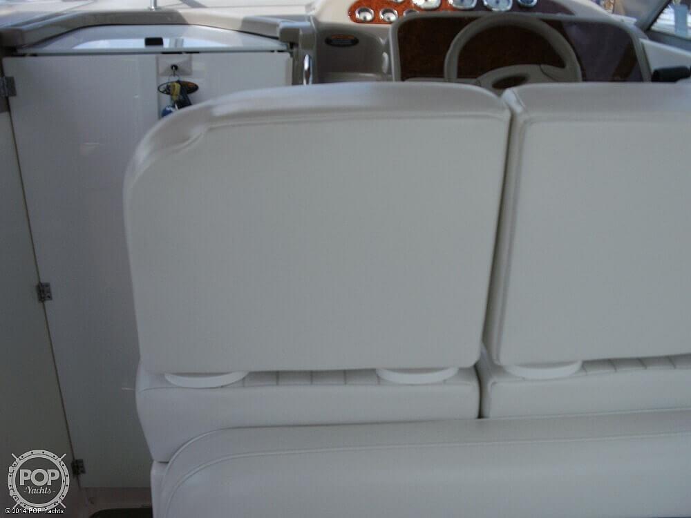 2001 Bayliner 3055 Express - image 16