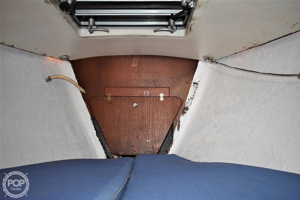 1983 CAL boat for sale, model of the boat is 31 & Image # 34 of 40