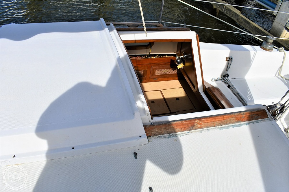 1983 CAL boat for sale, model of the boat is 31 & Image # 5 of 40