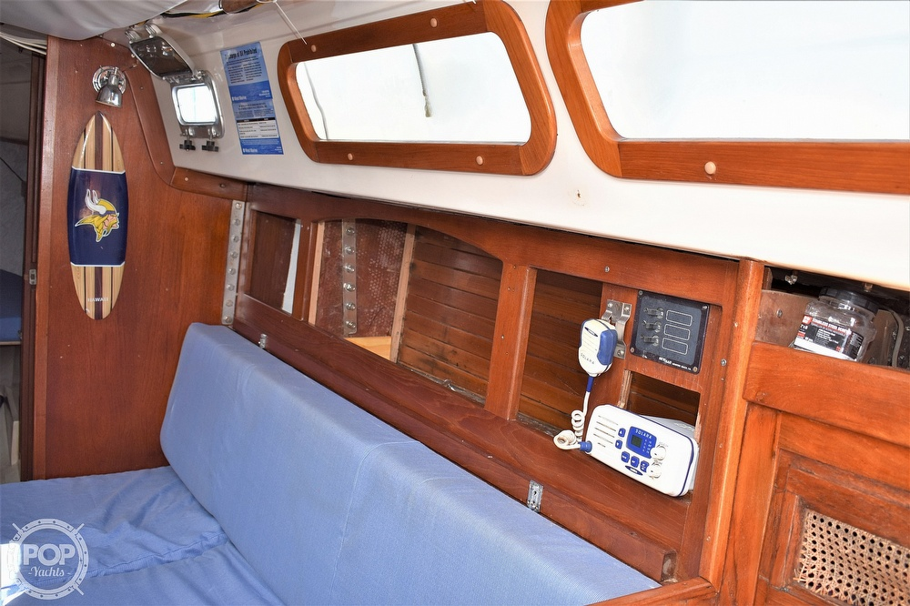 1983 CAL boat for sale, model of the boat is 31 & Image # 16 of 40