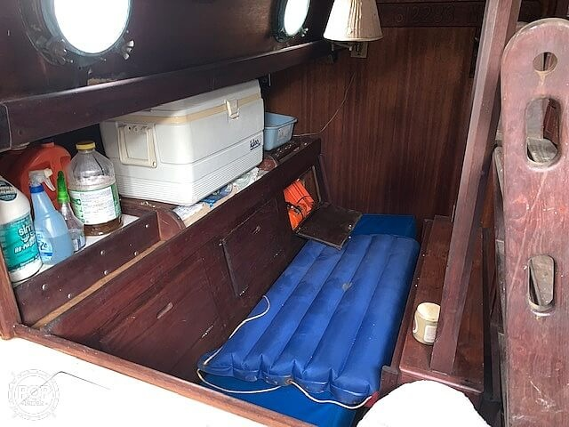 1975 Westsail boat for sale, model of the boat is Westsail 32 & Image # 4 of 40