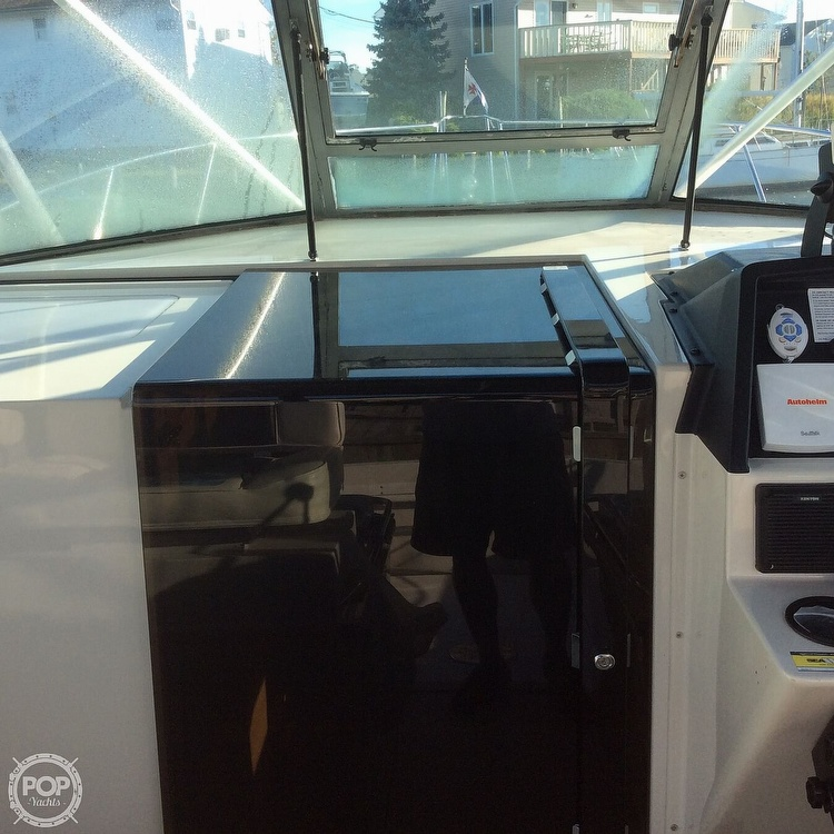1989 Wellcraft boat for sale, model of the boat is 3300 Coastal & Image # 28 of 40