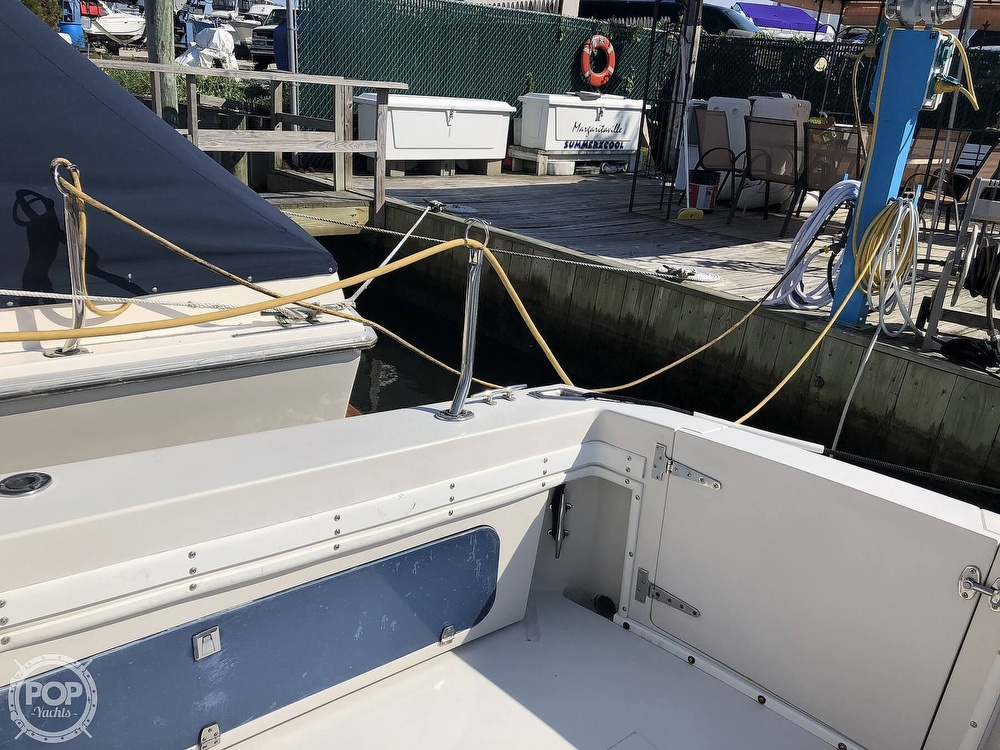 1989 Wellcraft boat for sale, model of the boat is 3300 Coastal & Image # 10 of 40