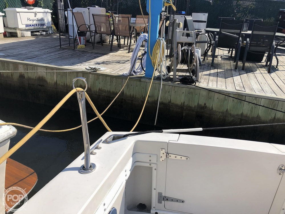 1989 Wellcraft boat for sale, model of the boat is 3300 Coastal & Image # 11 of 40