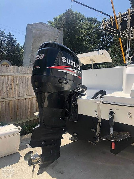 2004 Sailfish boat for sale, model of the boat is 266 CC & Image # 12 of 30