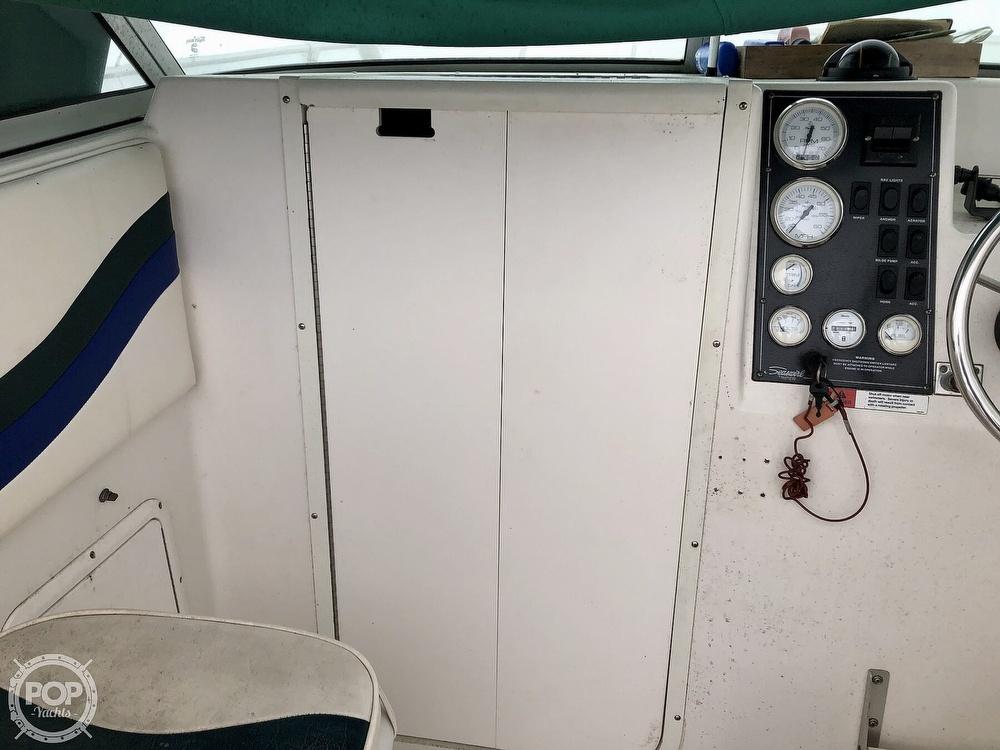 2000 Seaswirl boat for sale, model of the boat is Striper 2300 WA & Image # 16 of 40