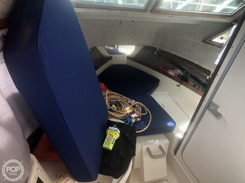 1991 Grady-White boat for sale, model of the boat is Sailfish 25 Sport Bridge & Image # 18 of 40
