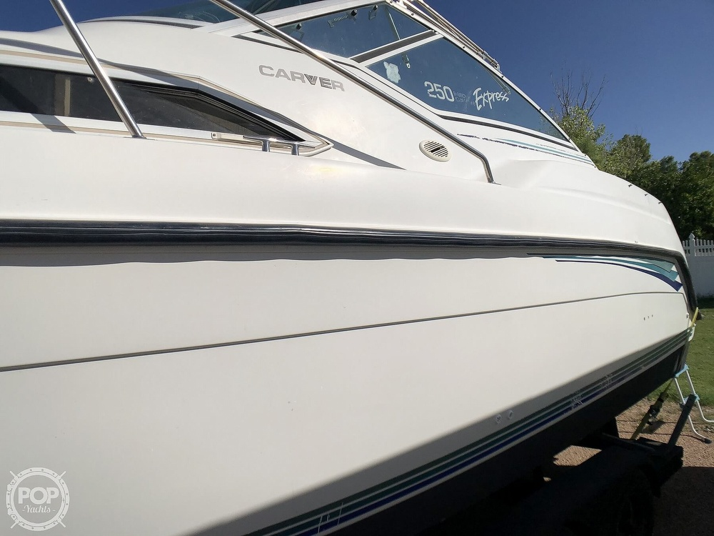 1994 Carver boat for sale, model of the boat is 250 Mid-Cabin Express & Image # 26 of 40