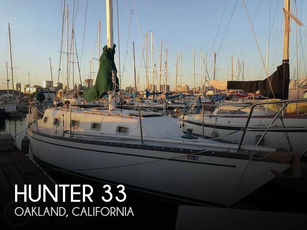 1979 Hunter boat for sale, model of the boat is 33 & Image # 1 of 40