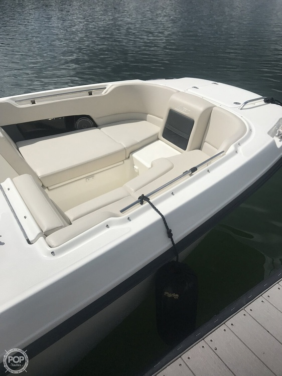 2016 Boston Whaler boat for sale, model of the boat is 230 Vantage & Image # 9 of 26