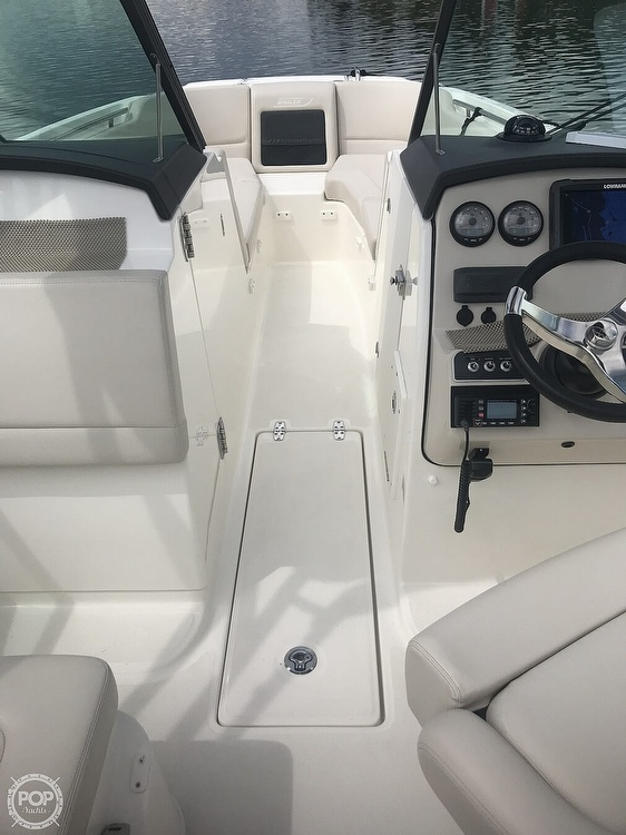 2016 Boston Whaler boat for sale, model of the boat is 230 Vantage & Image # 16 of 26