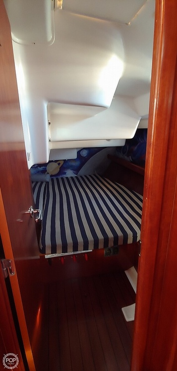 2004 Beneteau boat for sale, model of the boat is Oceanis 473 & Image # 27 of 40