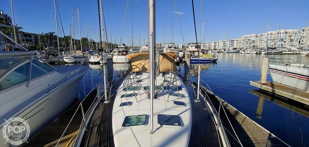2004 Beneteau boat for sale, model of the boat is Oceanis 473 & Image # 8 of 40