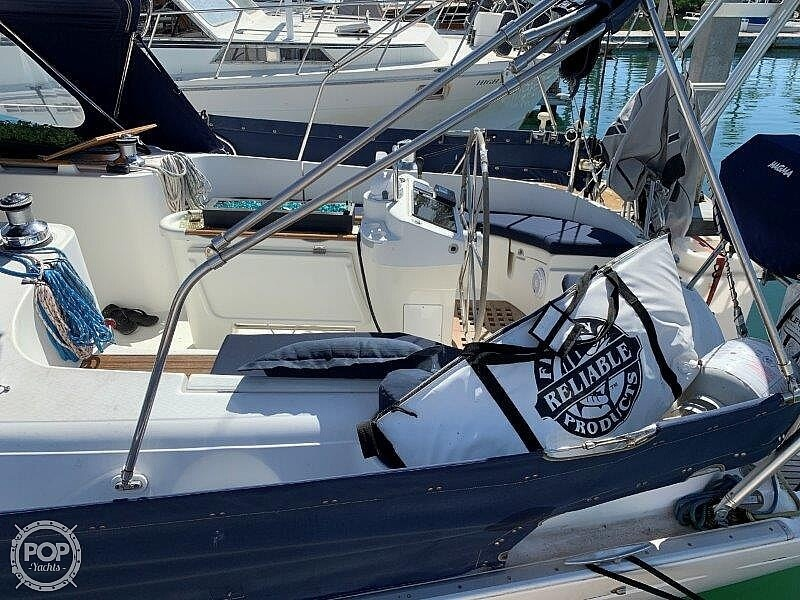 1997 Beneteau boat for sale, model of the boat is Oceanis 461 & Image # 36 of 40
