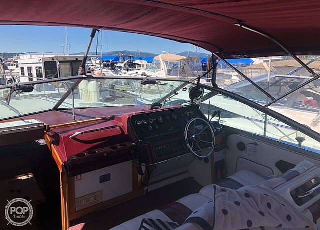 1989 Sea Ray boat for sale, model of the boat is 300 & Image # 8 of 17
