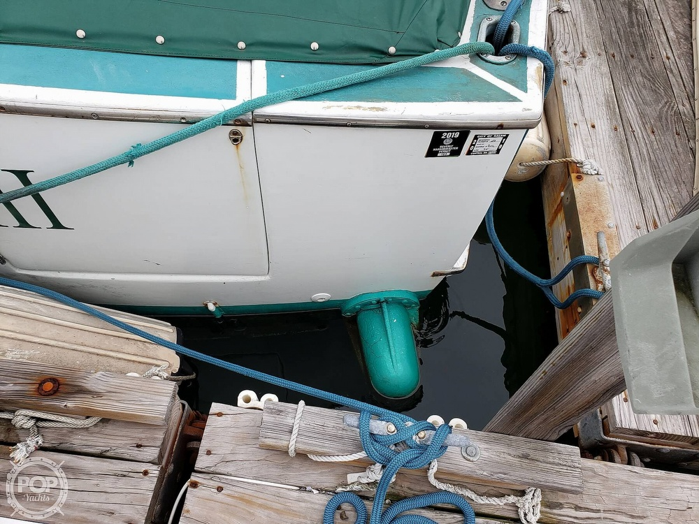 1967 Hatteras boat for sale, model of the boat is 34 Convertible & Image # 5 of 40