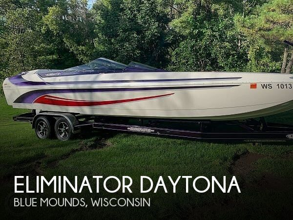 Used Boats For Sale in Rockford, Illinois by owner | 2005 27 foot Eliminator Daytona