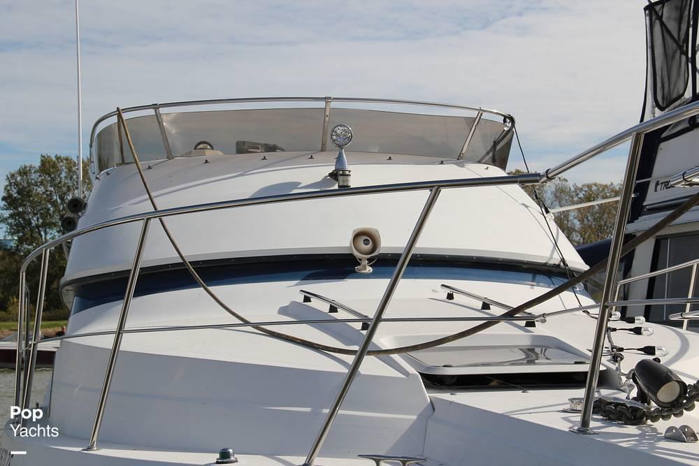 1989 Carver boat for sale, model of the boat is 3067 Santego & Image # 37 of 40
