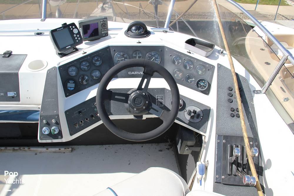 1989 Carver boat for sale, model of the boat is 3067 Santego & Image # 7 of 40