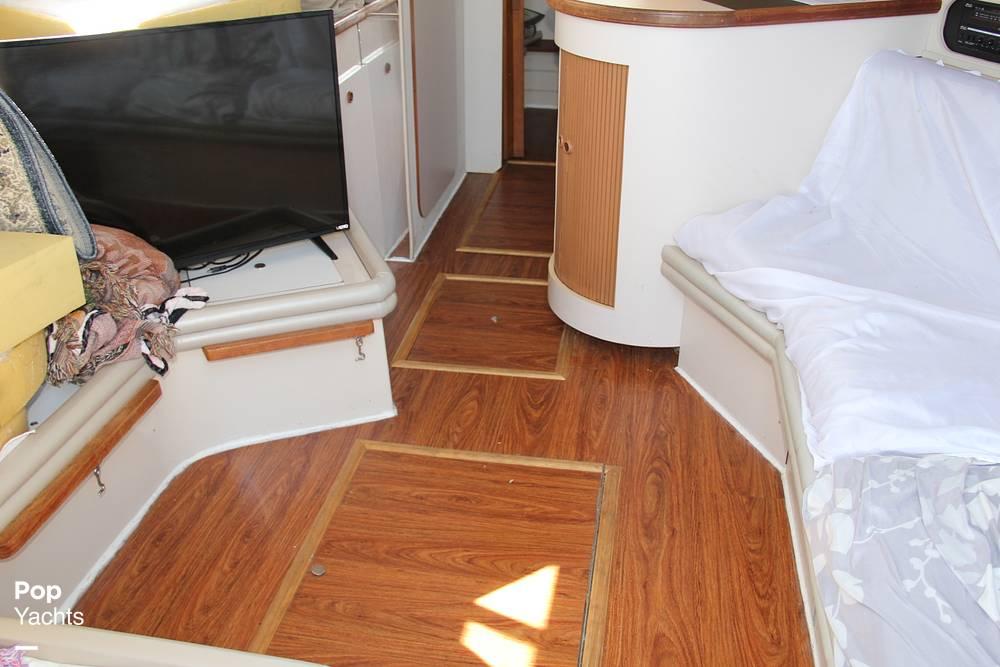 1989 Carver boat for sale, model of the boat is 3067 Santego & Image # 16 of 40