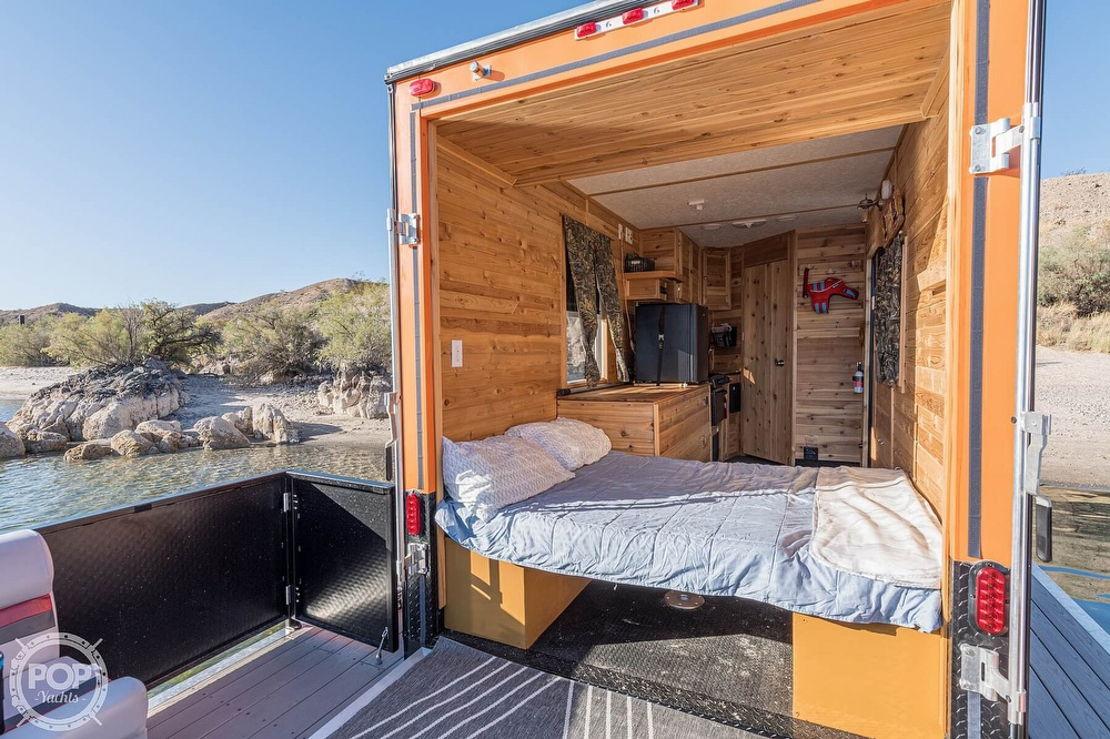 2019 FS Houseboats boat for sale, model of the boat is Custom Houseboat & Image # 4 of 40