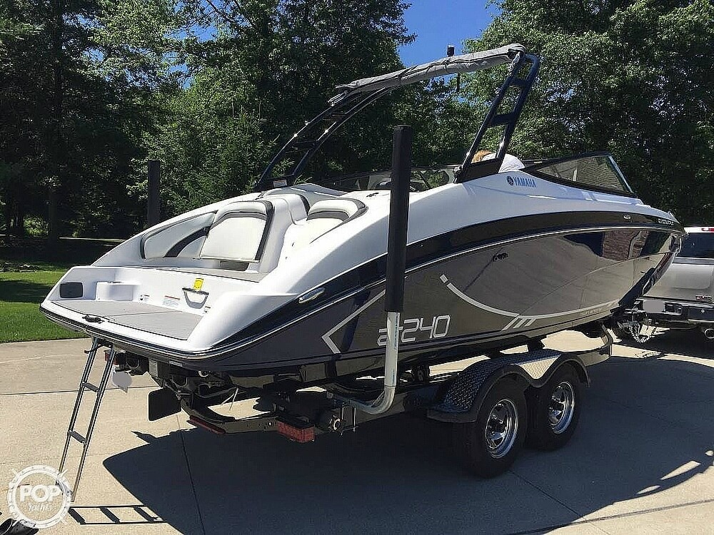 2016 Yamaha boat for sale, model of the boat is AR240 HO & Image # 2 of 13