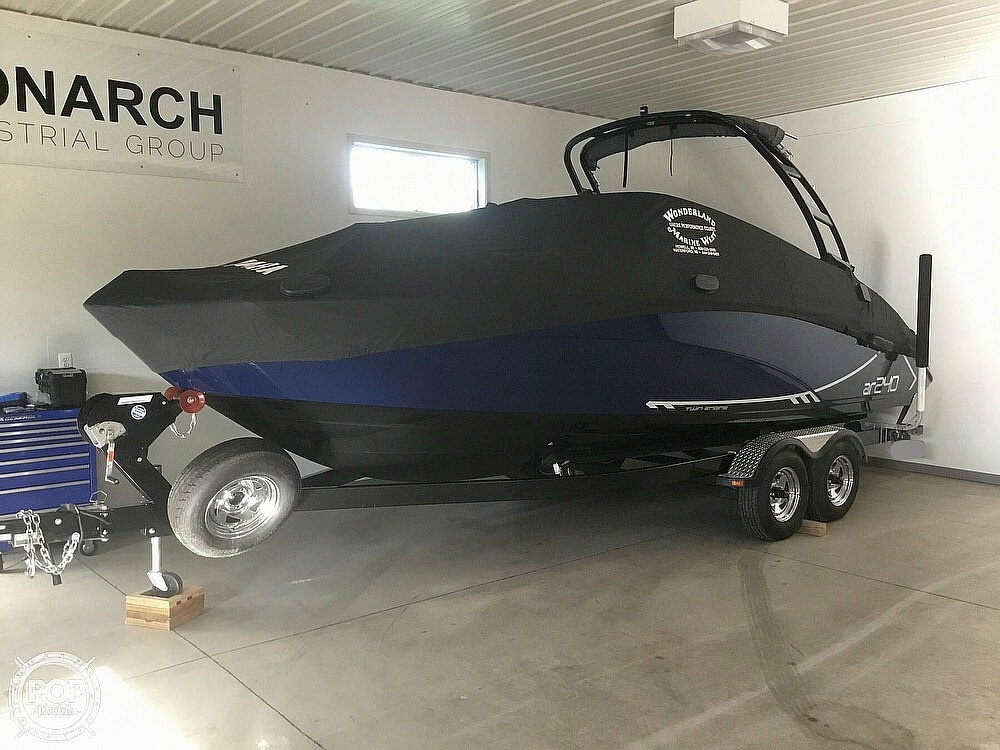 2016 Yamaha boat for sale, model of the boat is AR240 HO & Image # 3 of 13