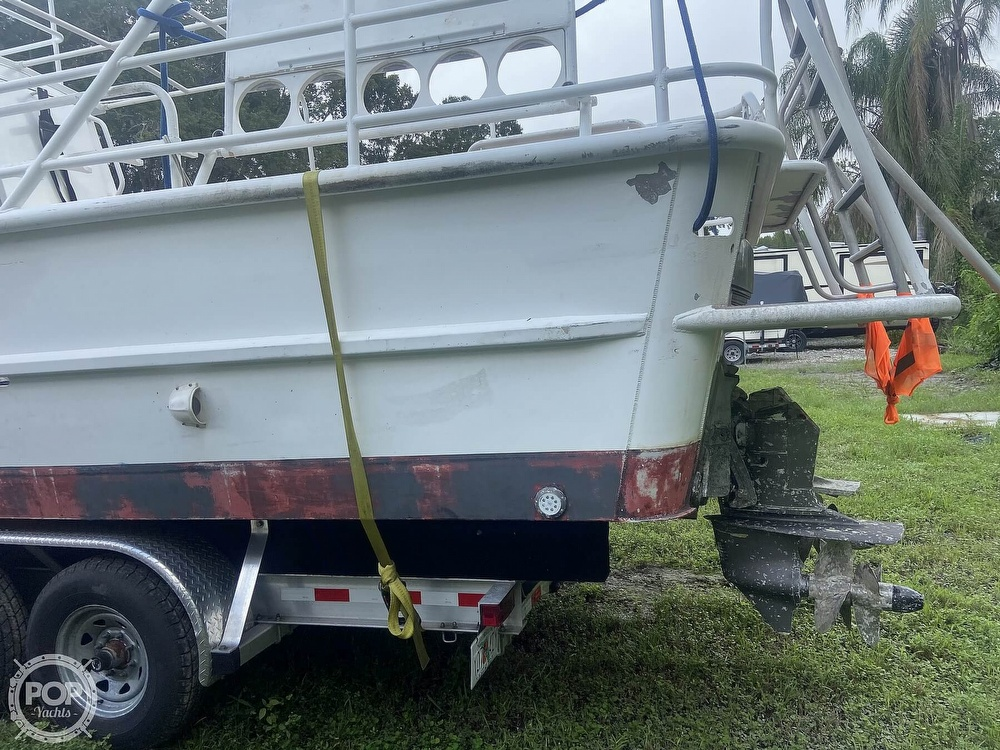 1986 Munson boat for sale, model of the boat is 32 & Image # 24 of 40