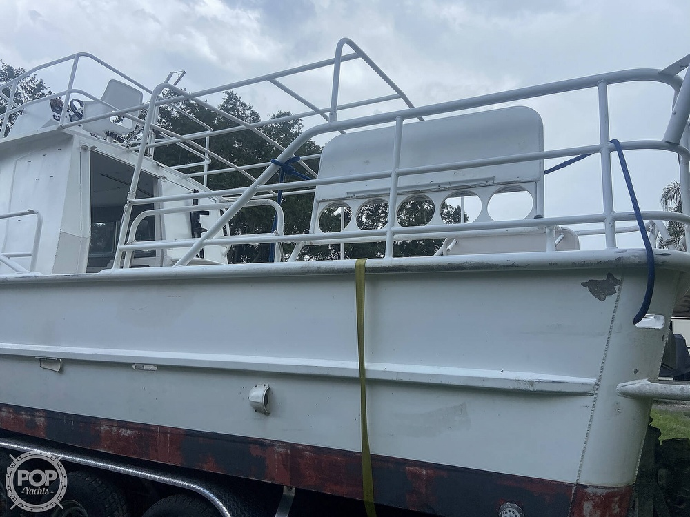 1986 Munson boat for sale, model of the boat is 32 & Image # 26 of 40