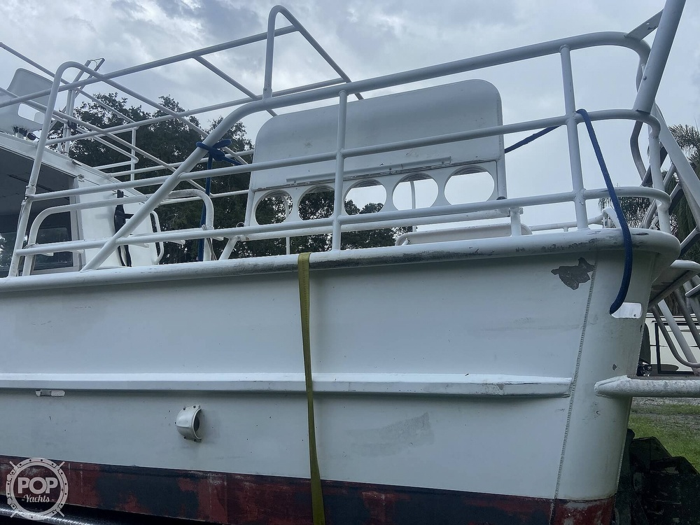 1986 Munson boat for sale, model of the boat is 32 & Image # 27 of 40