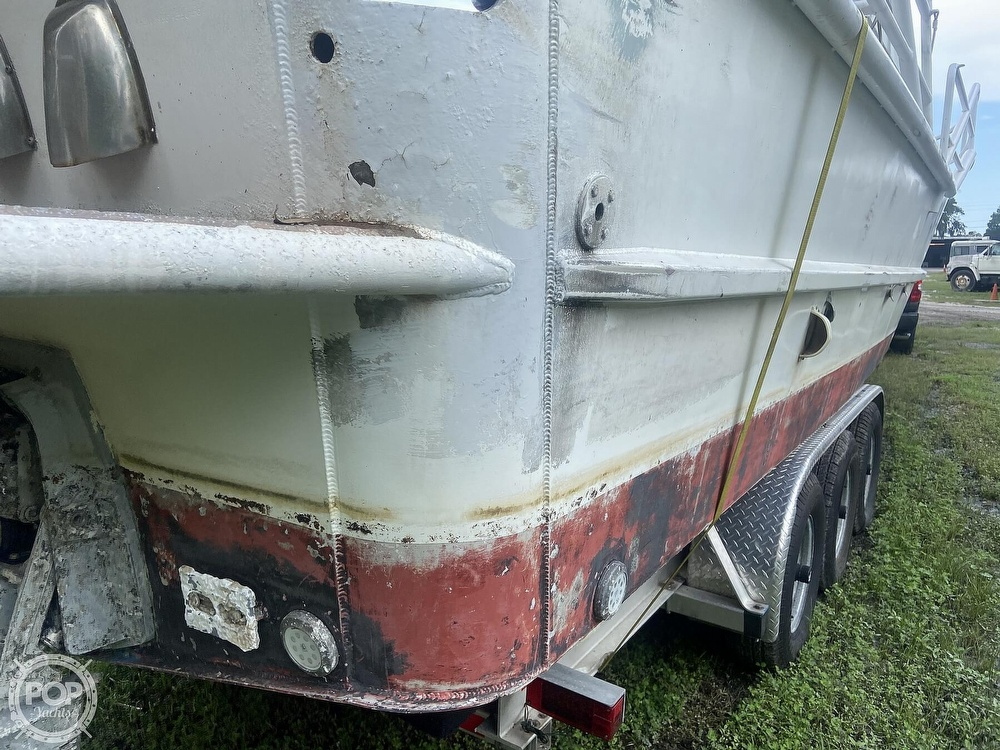 1986 Munson boat for sale, model of the boat is 32 & Image # 36 of 40