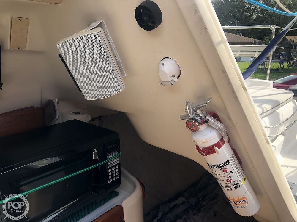 2003 Hunter boat for sale, model of the boat is 260 & Image # 16 of 40