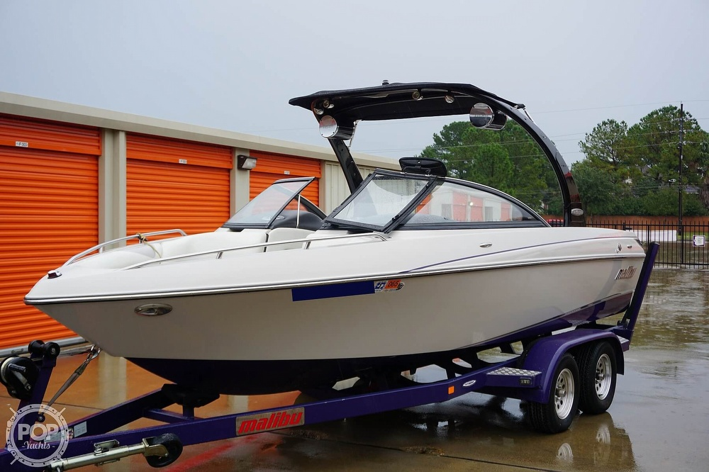 2007 Malibu boat for sale, model of the boat is Wakesetter 21 XTi & Image # 4 of 41