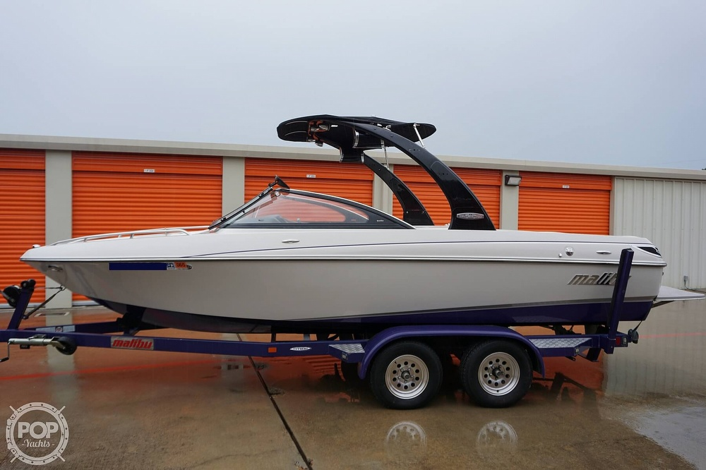 2007 Malibu boat for sale, model of the boat is Wakesetter 21 XTi & Image # 7 of 41