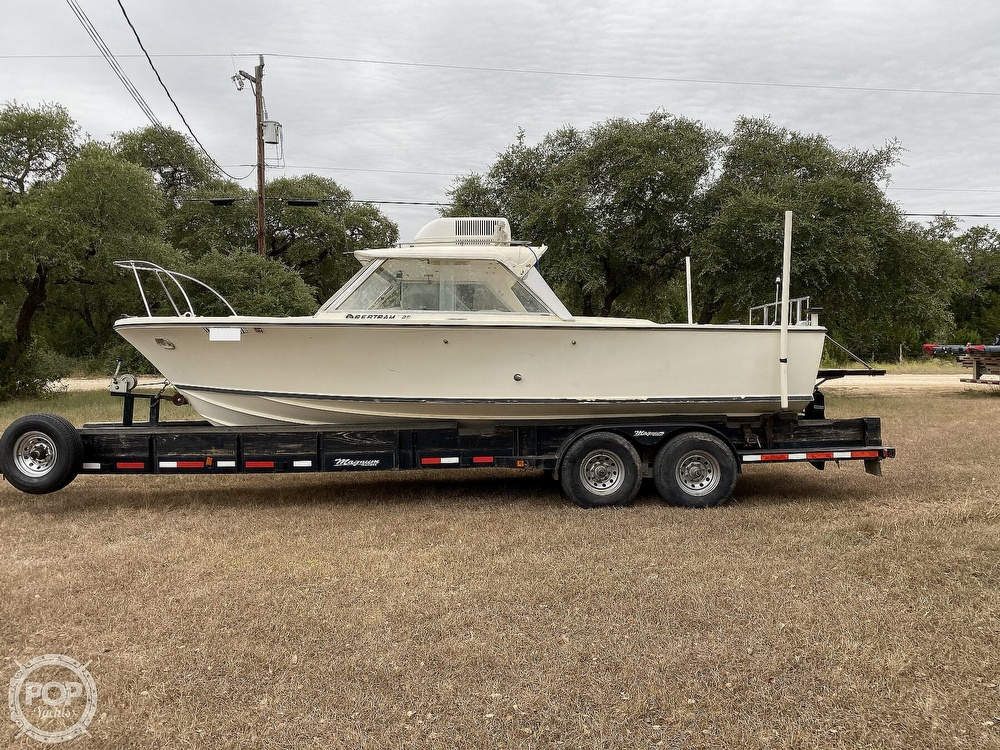 1967 Bertram boat for sale, model of the boat is 25 & Image # 2 of 40