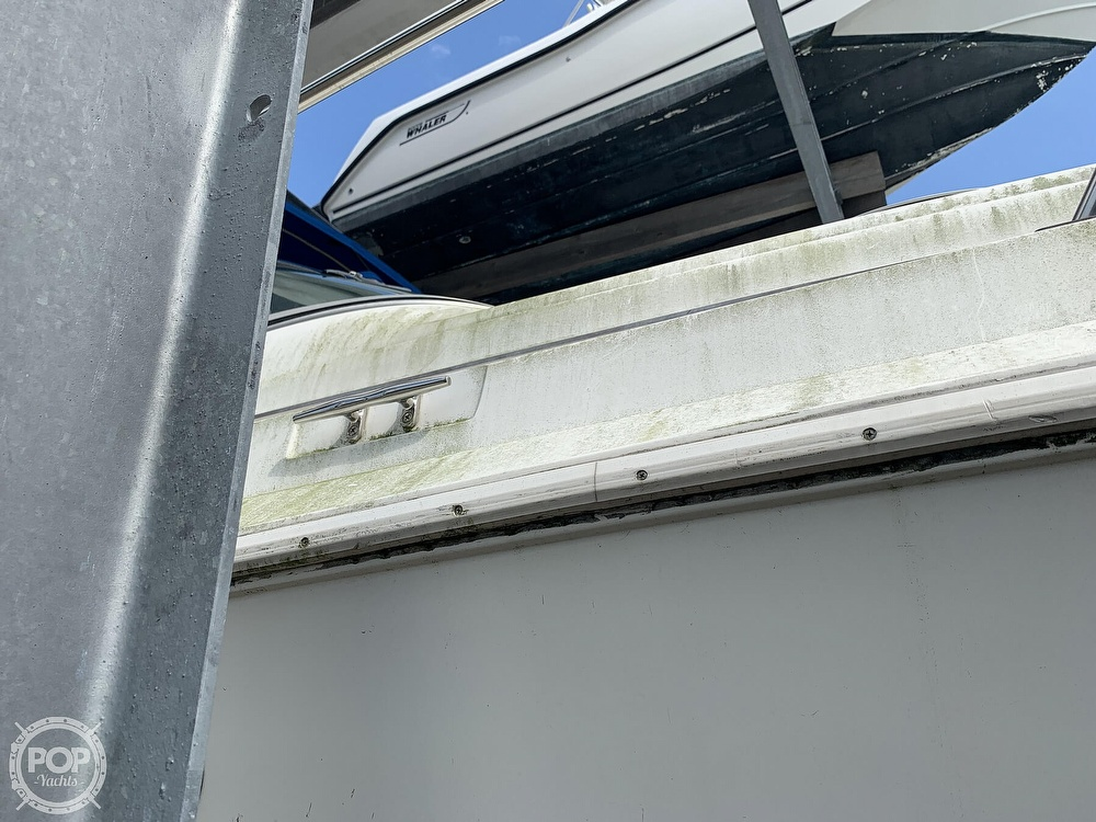 1995 Cruisers Yachts boat for sale, model of the boat is Rogue 3070 & Image # 6 of 41