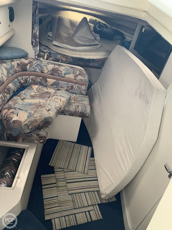 1995 Cruisers Yachts boat for sale, model of the boat is Rogue 3070 & Image # 32 of 41
