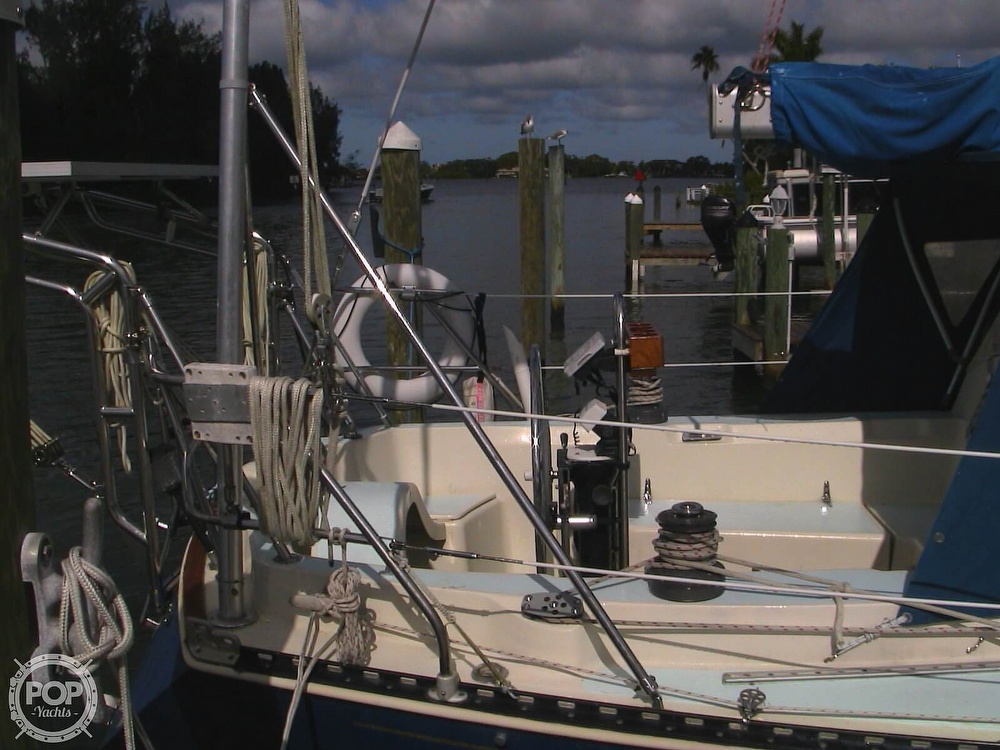 1982 C & C boat for sale, model of the boat is 34 & Image # 19 of 40