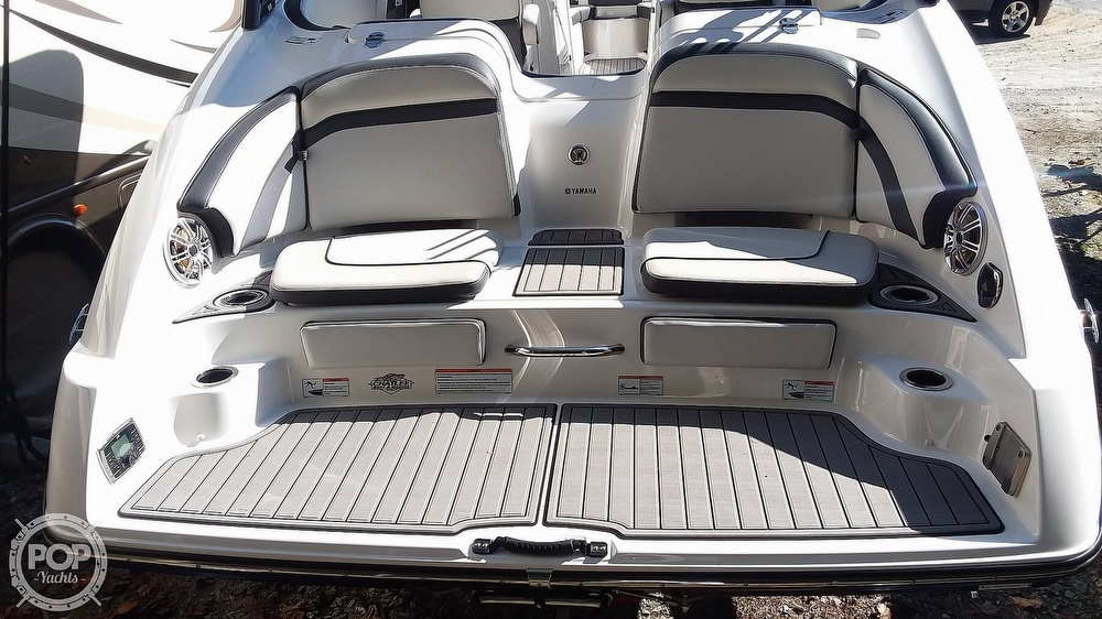 2017 Yamaha boat for sale, model of the boat is 242 Limited S & Image # 6 of 40