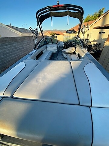 2011 Epic boat for sale, model of the boat is 21V & Image # 4 of 40