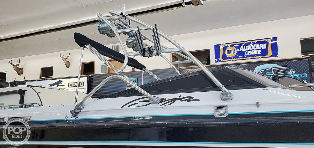 1990 Baja boat for sale, model of the boat is 265 DVX & Image # 24 of 40