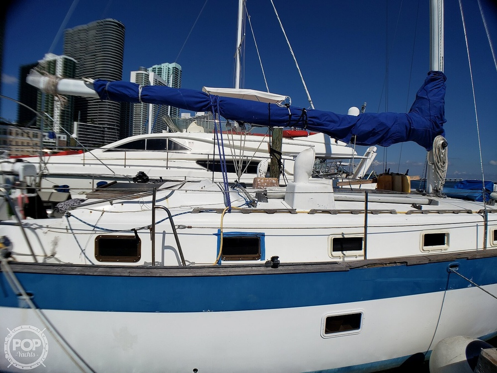 1981 Lancer Yachts boat for sale, model of the boat is 42 Masthead Sloop & Image # 17 of 40