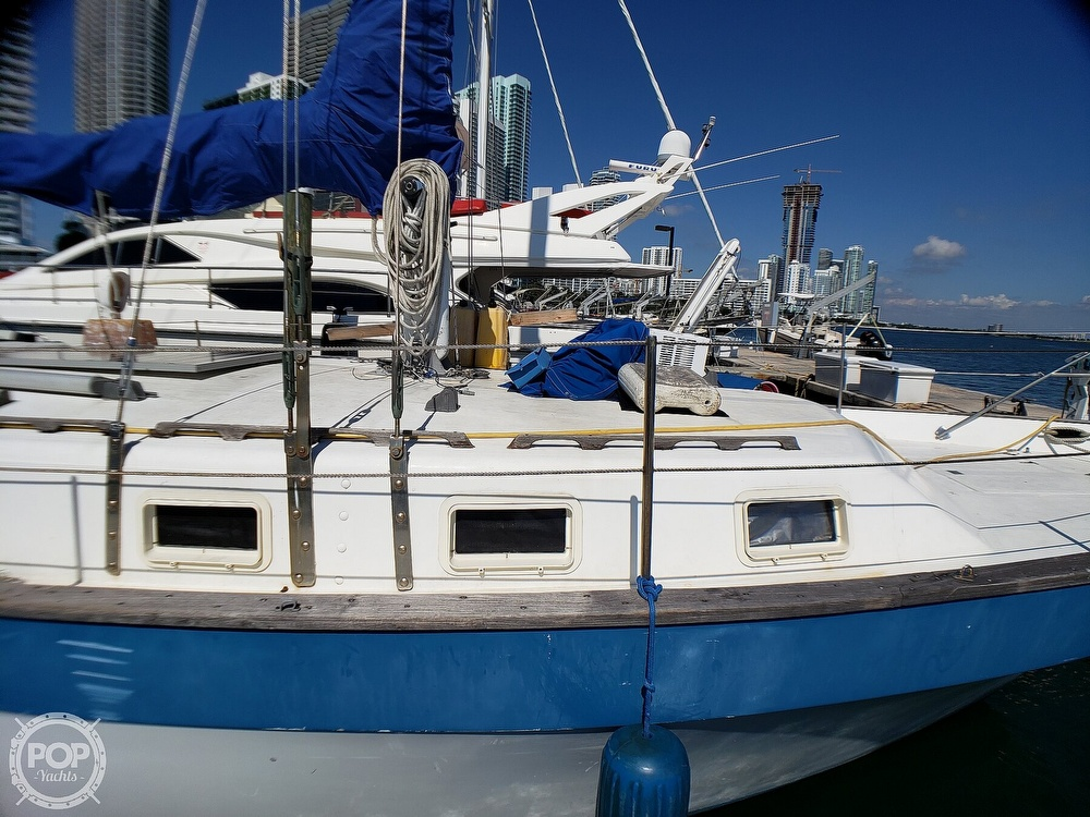 1981 Lancer Yachts boat for sale, model of the boat is 42 Masthead Sloop & Image # 32 of 40