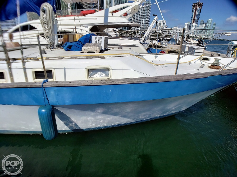 1981 Lancer Yachts boat for sale, model of the boat is 42 Masthead Sloop & Image # 34 of 40